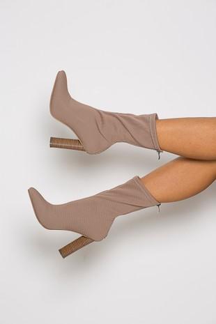 Kimye Boots in Mocha