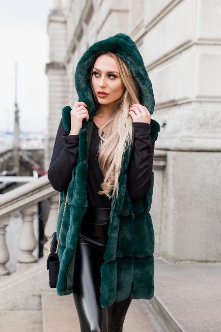 Jade Gilet in Green