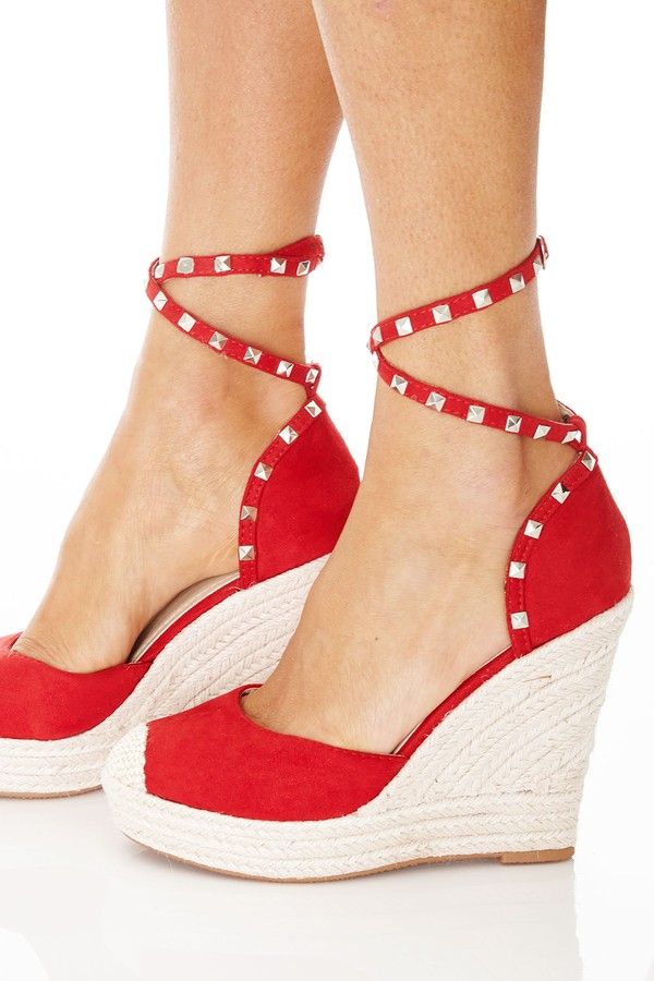 Bohemian Wedges in Red