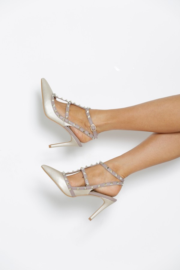 Studded Heels in Gold