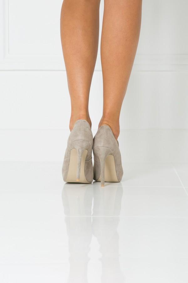 Penelope Suede Court Shoe in Mink