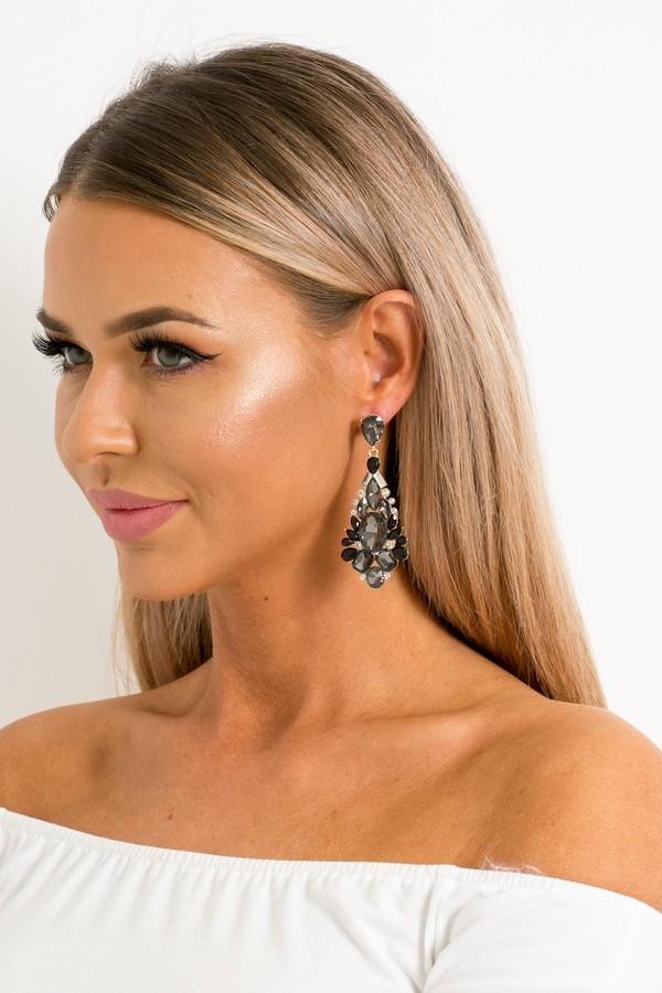 faye-earrings-.jpg